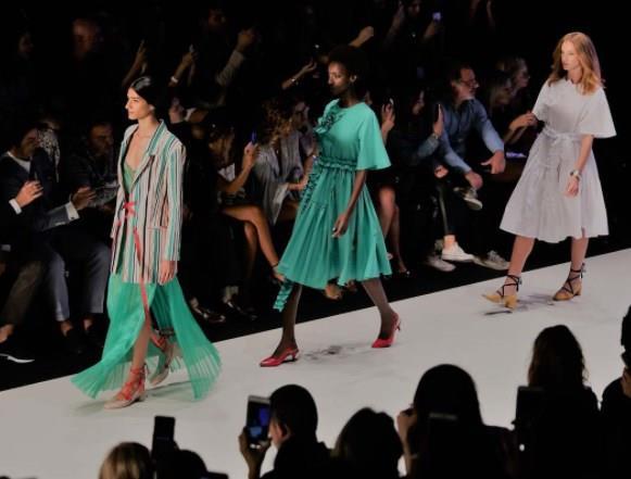 İstanbul Moda Haftası 2. Gün - 38