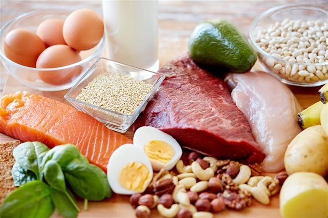 Daha Fazla Protein Yiyin:  Bu yolla açlık hissiniz kaybolacak daha dengeli ve hızlı metabolizmaya sahip olacaksınız.