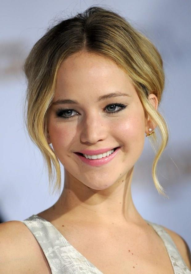 Jennifer Lawrence  15 Ağustos 1990 (26 yaşında), Indian Hills, Kentucky, ABD  Aslan