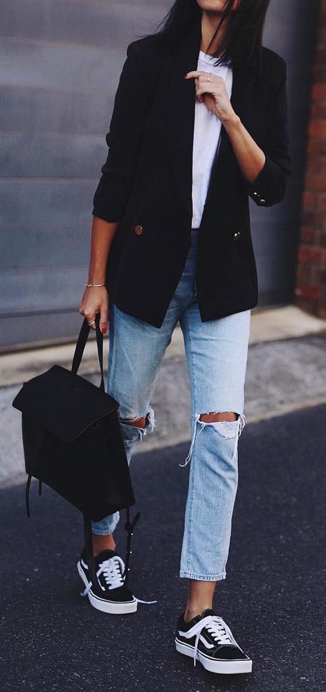 Trend: Açık Renk Yıkanmış Jean Pantolon - 3