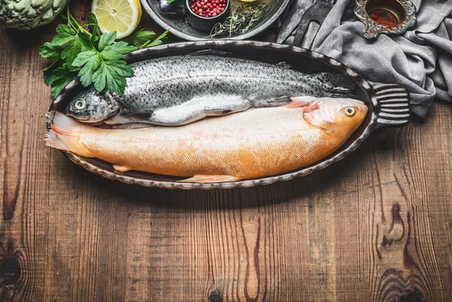 Protein ağırlıklı akşam yemeğinin (balık, tavuk, mercimek, yumurta) ardından, yatmadan önce de birkaç tane badem tüketmek öneriliyor.