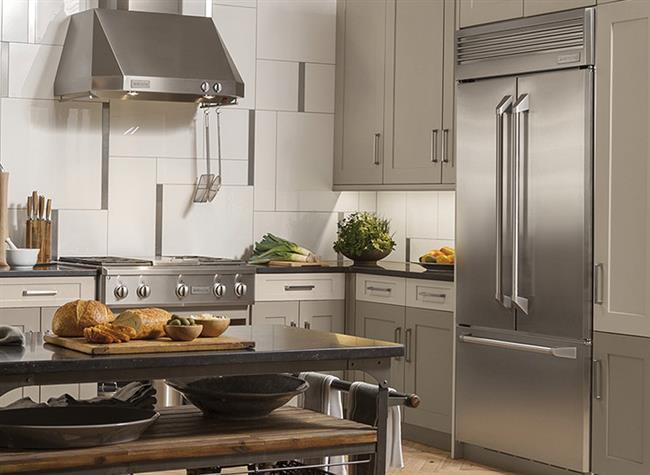 2-Buzdolabınızı güneş alan bir yere veya radyatör, fırın gibi ısı kaynaklarının yanına koymayın. Buzdolabı dışarıdan ısı aldıkça içini soğutması zorlaşır ve elektrik tüketimi artar.