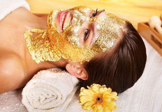 Güzellik rutinimize bir yenisi daha ekleniyor. Altın ve gümüş maskelere bayılacaksınız!  Kaynak Fotoğraflar: İnstagram-Pinterest-İngimage