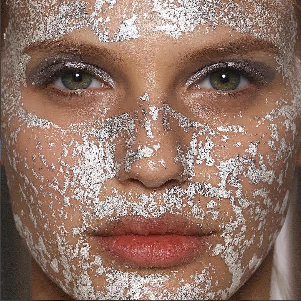 Soğuğa karşı cildinizin daha dirençli olmasını sağlar.