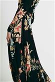 Mikro Trend: Siyah Üzerine Çiçekli Desen - 20