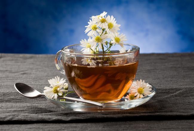 Papatya:   Gaz giderici etkisi olan papatya çayı, özellikle mide ağrısı ve sindirim sıkıntısı çeken bireylerin tüketmesi gereken bir içecektir.   Bahar yorgunluğu ve düzensiz yaşam nedeni ile kabızlık sıkıntısı çeken bireylerin günde bir kupa papatya çayı içmesi gerekmektedir.