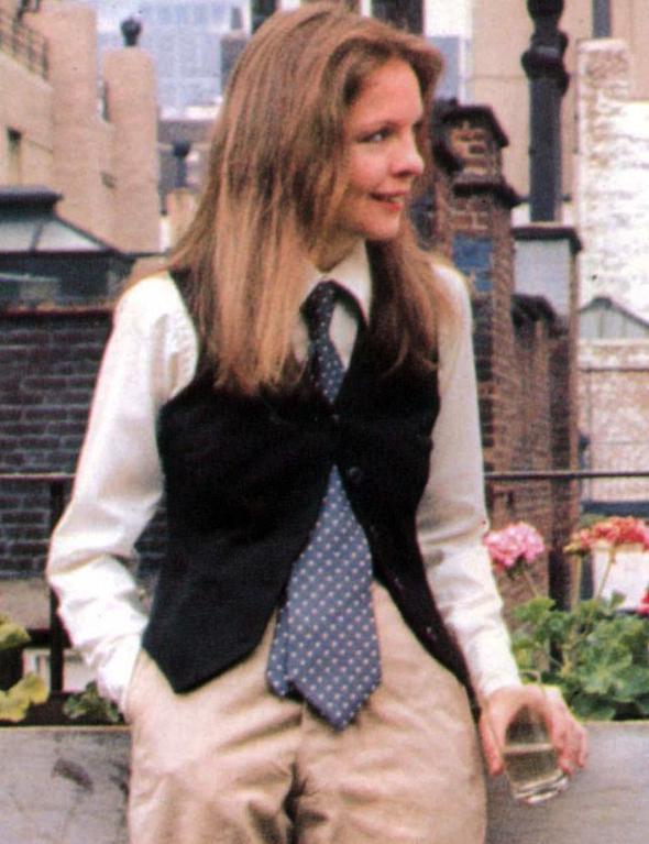 Diane Keaton  'Tomboy' görünümünün en başarılı uyarlamalarını kendisinde gördük. Özellikle çok sevilen Annie Hall karakterini kendine dayandırdığını düşünürsek ikonluğu kesinlikle hak ediyor.