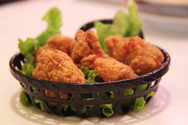 Çinko tüketin  Vücuda yeterli miktarda çinko alımının cinsel sağlığa iyi geldiği biliniyor. Testosteronu östrojene çeviren enzimin işlevini azaltan çinko, kuruyemiş, tavuk, yulaf, çavdar, peynir gibi besinlerde bulunuyor.