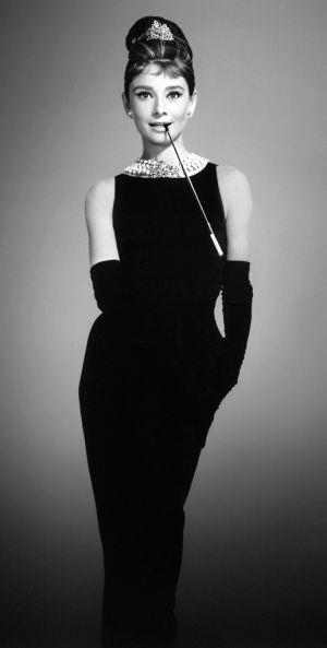 Siyah Küçük Elbiseyi Sevdiren 7 Ünlü - 3