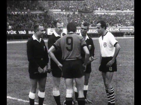 Televizyonda izlenen ilk maç yayını  İTÜ TV'de 2-1 yenildiğimiz Türkiye ile Sovyet Rusya maçı ilk maç yayınıdır ancak kaçak olarak yayınlanmıştır. Ancak profesyonel anlamda ilk maç yayını 1973 yılında Beşiktaş- Fenerbahçe rekabetidir. Merak edenler için, maç berabere bitmiştir.
