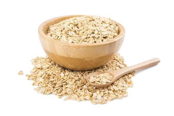 Yulaf  En sağlıklı tahıllardan biri yulaftır. 100 gramında 13 gram protein bulunur. Yulaf cilt ve saç sağlığına, sinir sistemini korumaya, uykusuzluğa, kemik ve kas sağlığını korumaya oldukça faydalıdır. Karbonhidratlar açısından oldukça zengindir; iyi bir enerji kaynağıdır.