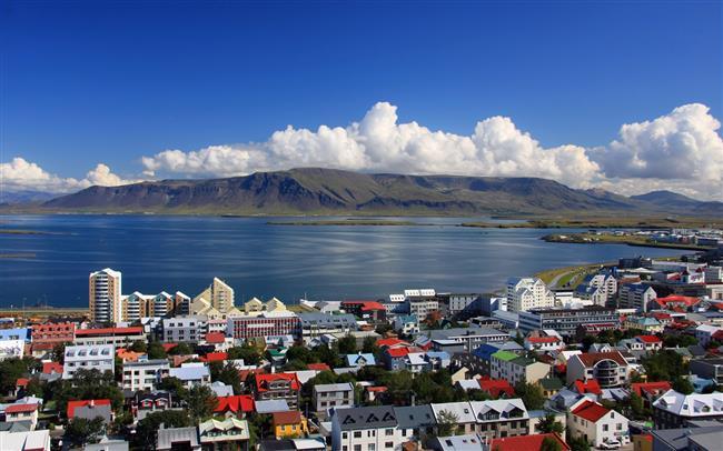"İzlanda  <a href=  http://mahmure.hurriyet.com.tr/foto/magazin/unlulerin-zayiflama-sirlari_42706 style=""color:red; font:bold 11pt arial; text-decoration:none;""  target=""_blank"">  Ünlülerin Zayıflama Sırları"