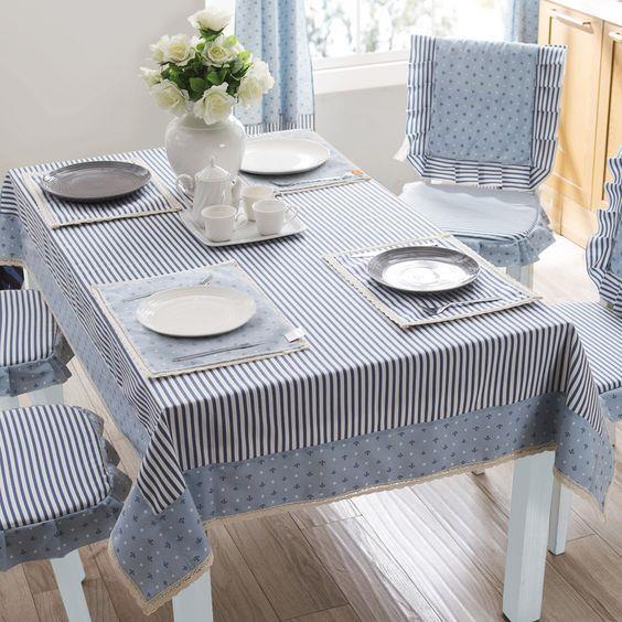 Masa Örtüleri  Çeşit çeşit renkte ve dokuda olan masa örtüleri yemek vakitlerinde sizin içinizi açıcak türden.