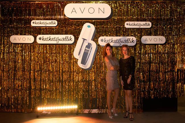 Avon: Girls Glam Night Out - 8