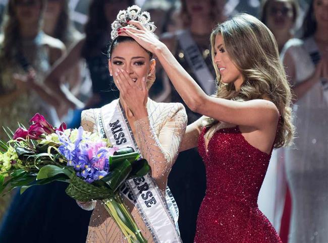 Miss Universe Kainat Güzellik yarışmasına bu sene  Las Vegas ev sahipliği yaptı.Törende Güney Afrika'dan Demi Leigh Nel-Peters Kainat Güzeli seçildi.