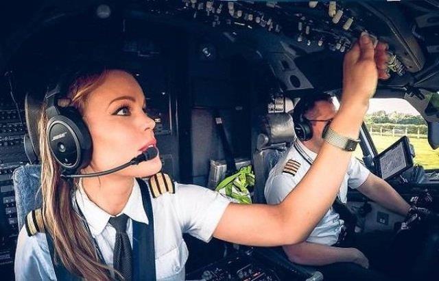 Dünyanın En Seksi Pilotu: Malin Rydqvist - 18