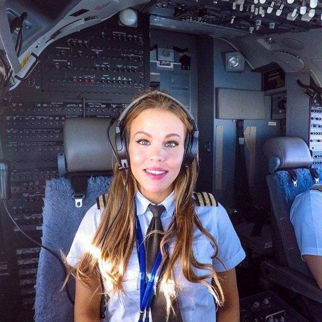 Dünyanın En Seksi Pilotu: Malin Rydqvist - 7