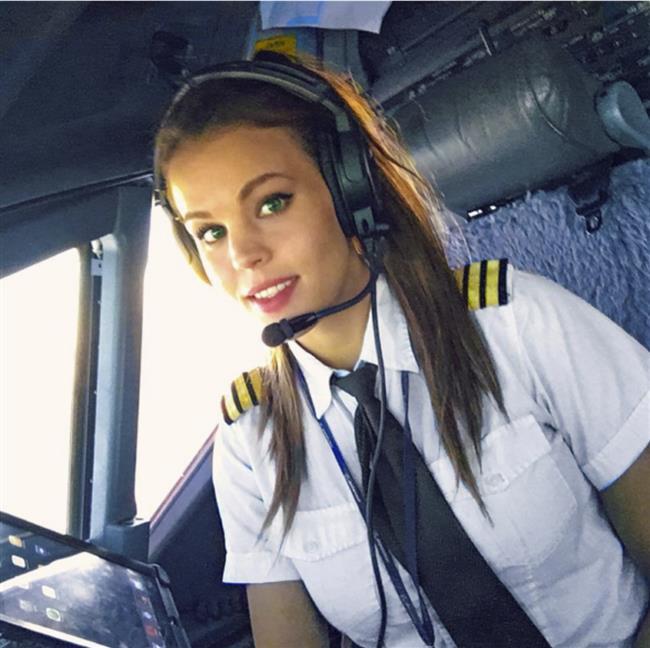 Dünyanın En Seksi Pilotu: Malin Rydqvist - 36