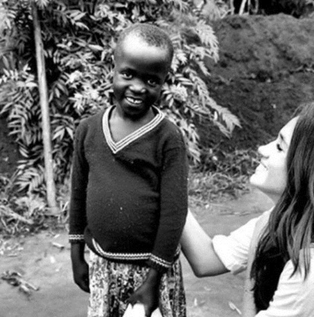 Beyaz bir baba ile Afrika kökenli bir annenin kızı olan Meghan Markle, bu nedenle ırksal eşitlik kampanyalarında da aktif olarak görev alıyor.