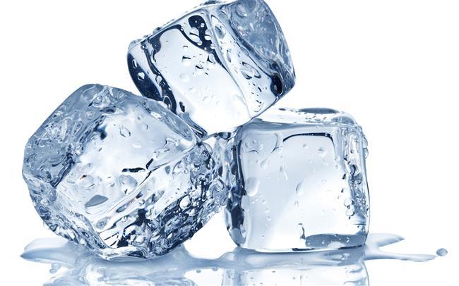 Buz Küpleri   Buz küpleri sivilcelerin ve kızarıklıkların üstüne uygulandığında gözeneklerin daralıp sıkılaşması ve aknelerin kurumasını sağlar.