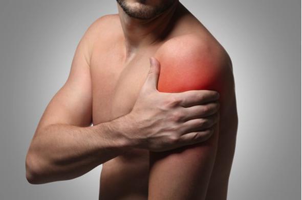 Kaslarda zayıflık  E vitamini eksikliği kaslarda zayıflığa neden olabilmektedir. Kas kayıpları, kasların güçsüzleşmesi nedeniyle denge bozulması problemiyle karşılaşabilirsiniz.