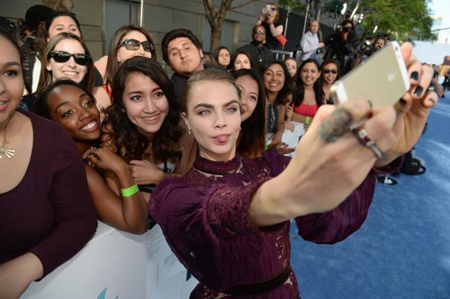 Ünlülerin En Meşhur Selfie'leri - 16