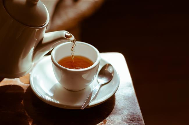 Yeşil Çay İçin  Yapılan araştırmalar kanıtlıyor ki yeşil çayın zayıflama üzerinde oldukça büyük bir etkisi var. Vücuttaki yağ yakımını hızlandıran yeşil çayı günde en az 3 fincan içmeye çalışın.