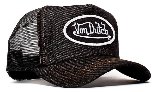 Von Dutch şapkalar  1960'ların kepleri şimdilerde yeniden çok moda. Her paparazzi çekiminde her ünlünün kafasında görmeye alıştığımız bu kepler tarihin tozlu sayfalarından bir anda fırladı. Ashton Kutcher'dan Madonna'ya, Britney Spears'dan Kylie Jenner'a herkesin kafasında bir Von Dutch'dır gidiyor.