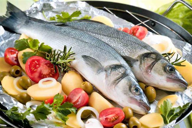 Balık, proteinin yanı sıra sağlık için de çok önemli olan omega kaynağı özelliği taşıyor. Balık hemen hemen her mevsim sofralarda oluyor ancak hangi balığın hangi ayda yendiği hem sağlık hem de lezzet açısından oldukça önemli. İşte ocak ayında tüketmeniz gereken balıkların listesi...  Kaynak Fotoğraflar: Google Yeniden Kullanım