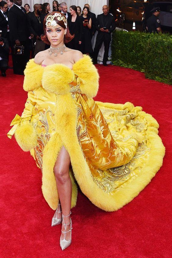 Rihanna'nın En İyi 27 Kombini - 12
