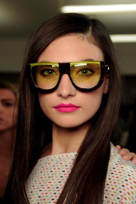 44e373f1673f1 2018 Gözlük Model Ve Trendleri /19 - Moda - Mahmure Foto Galeri