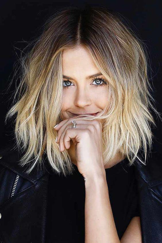 Alnı Geniş Kadınlar İçin Saç Modelleri - 2