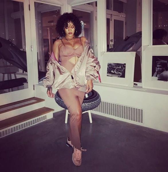 10 Adımda Rihanna Stili - 19