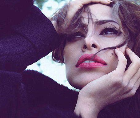 Eva Mendes Vogue'a soyundu - 6
