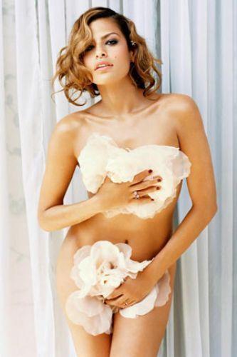 Eva Mendes Vogue'a soyundu - 18