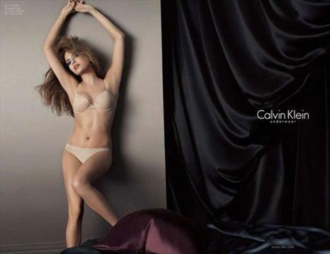 Eva Mendes Vogue'a soyundu - 7