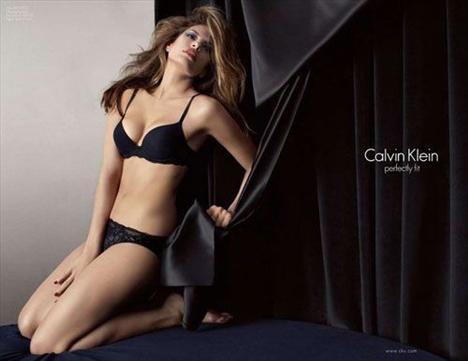 Eva Mendes Vogue'a soyundu - 8