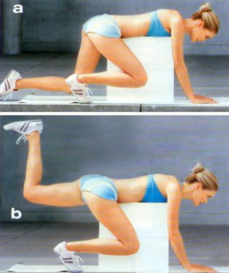 8- Kalça ve sırt için:Bir sandalye ya da platform üzerine karın üstü uzanın. Ellerinizi yere koyun. Sağ bacağınızı büküp, dizinizi öne doğru çekin. Sol bacağınızı sırtınızla aynı hizada olacak şekilde yukarı doğru kaldırın. Minik hareketlerle bacağınızı yere indirmeden yukarı aşağı 5 kez hareket ettirin. Ardından bacağınızı yere indirin. Her bacak için hareketi 15 kez tekrarlayın.Kaynak: Joy