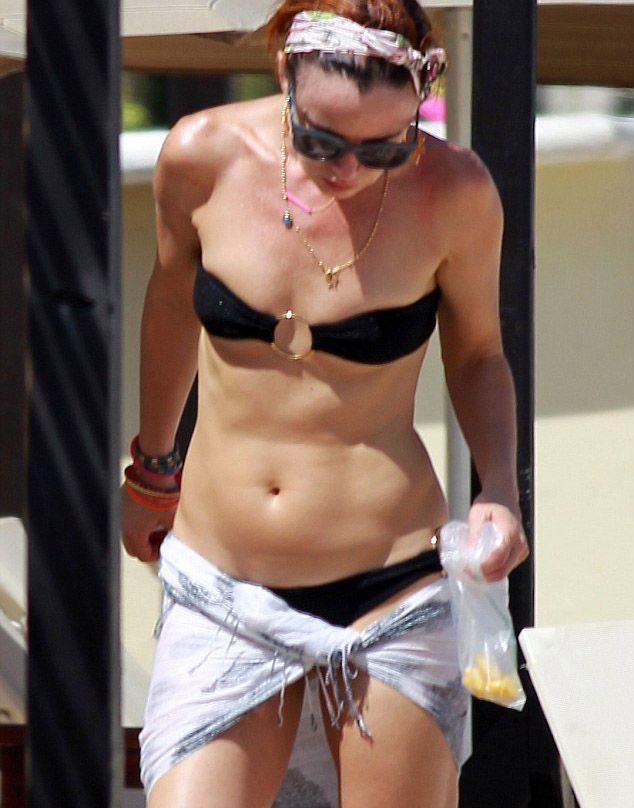 Juliette Lewis bikiniyle görüntülendi - 1