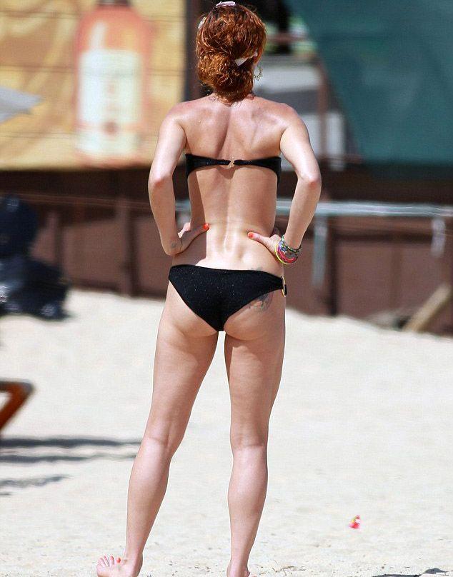 Juliette Lewis bikiniyle görüntülendi - 3