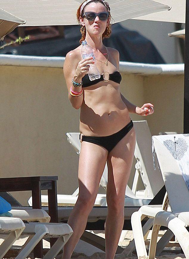 Juliette Lewis bikiniyle görüntülendi - 4