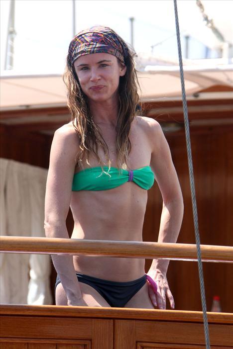 Juliette Lewis bikiniyle görüntülendi - 12