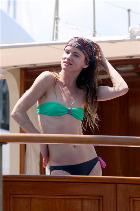 Juliette Lewis bikiniyle görüntülendi - 14