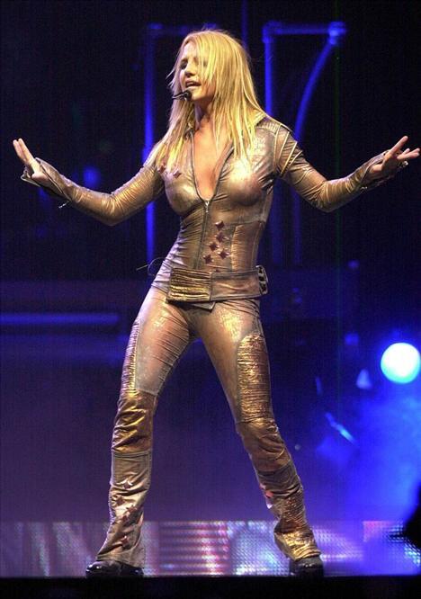 Gözler Britney'de