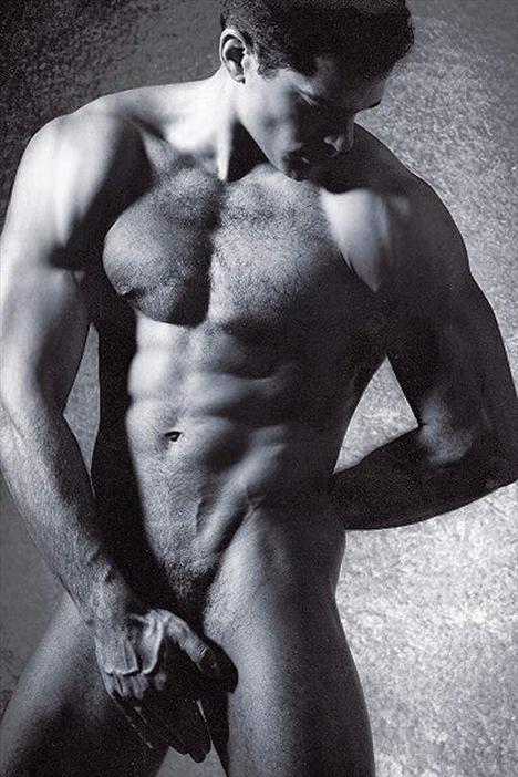 фото-голое мужское тело скачать на телефон