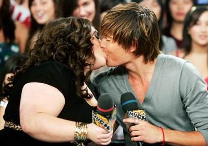 Nikki Blonsky ve Zac Efron
