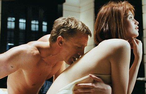 Daniel Craig ve Gemma Arterton