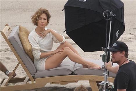 Jennifer Lopez - 44