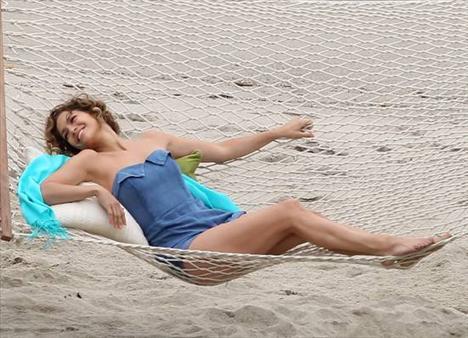 Jennifer Lopez - 53