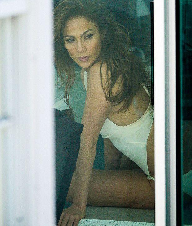 Jennifer Lopez - 35